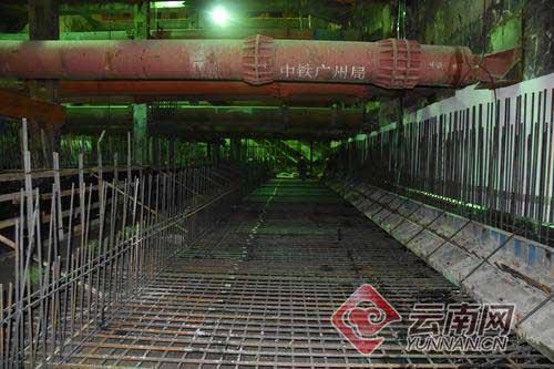 昆明地铁4号线小屯站混凝土浇筑完成 主体结构顺利封顶