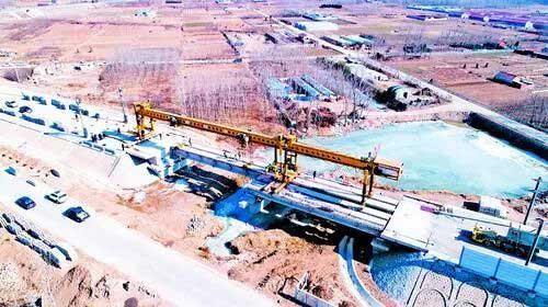 青连铁路大邓陶中桥主体施工顺利完工 新区段全线贯通