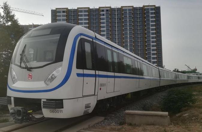 杭州地铁6号线样车出炉 时速将达100公里